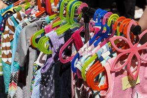 Menentikan Jenis Baju Anak yang Akan Dijual